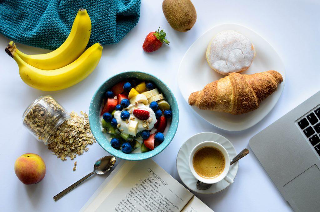 Composer un petit-déjeuner équilibré